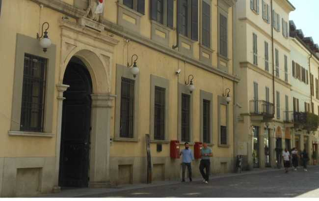 Novara Municipio Palazzo Cabrino