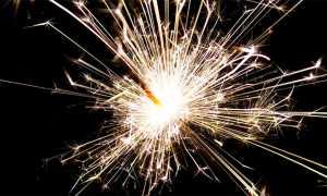 scintille fuochi artificio